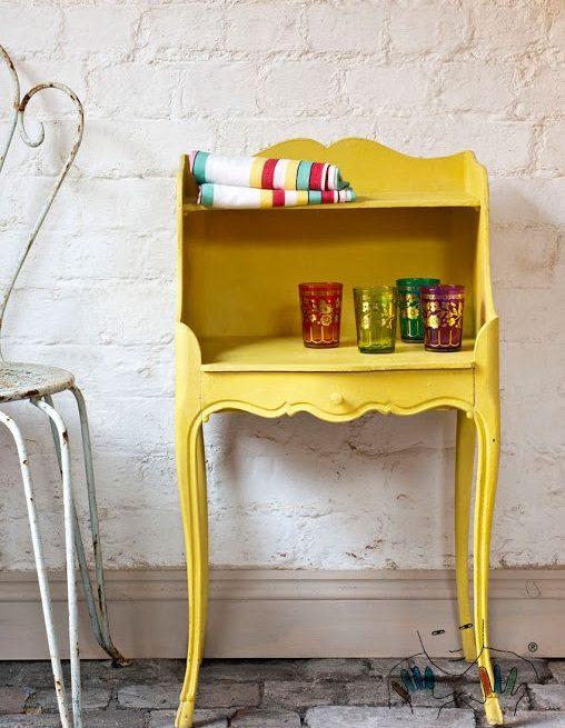 mebel pomalowany w kolorze English Yellow Chalk Paint Annie Sloan