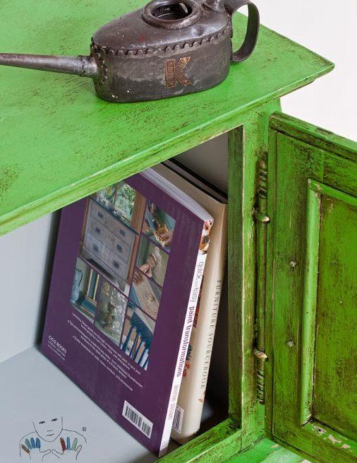 mebel pomalowany w kolorze Antibes Green Chalk Paint Annie Sloan