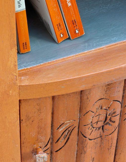 mebel pomalowany w kolorze Barcelona Orange Chalk Paint Annie Sloan