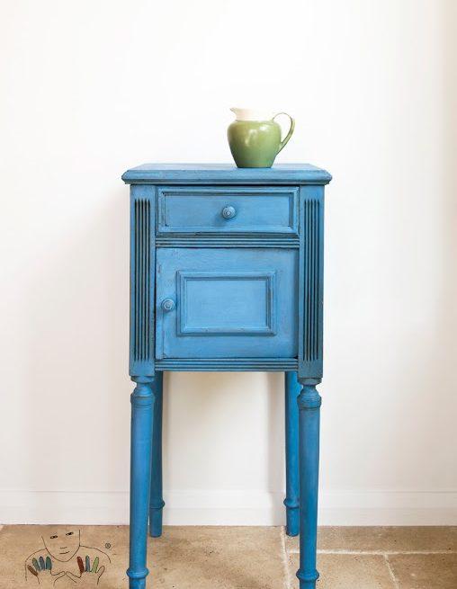 mebel pomalowany w kolorze Greek Blue Chalk Paint Annie Slona