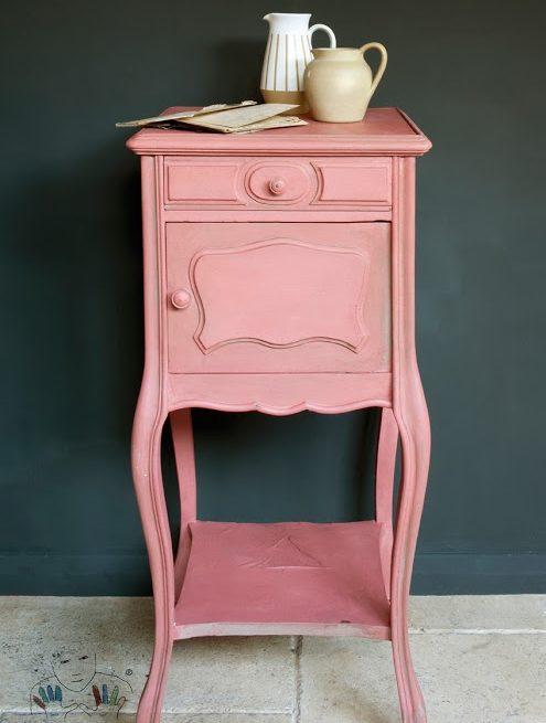 mebel pomalowany w kolorze Scandinavian Pink Chalk Paint Annie Sloan