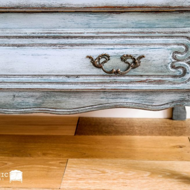 szuflada postzraona jak odnowić mebel w stylu vintage? malowanie bejcowanie woskowanie krok po kroku