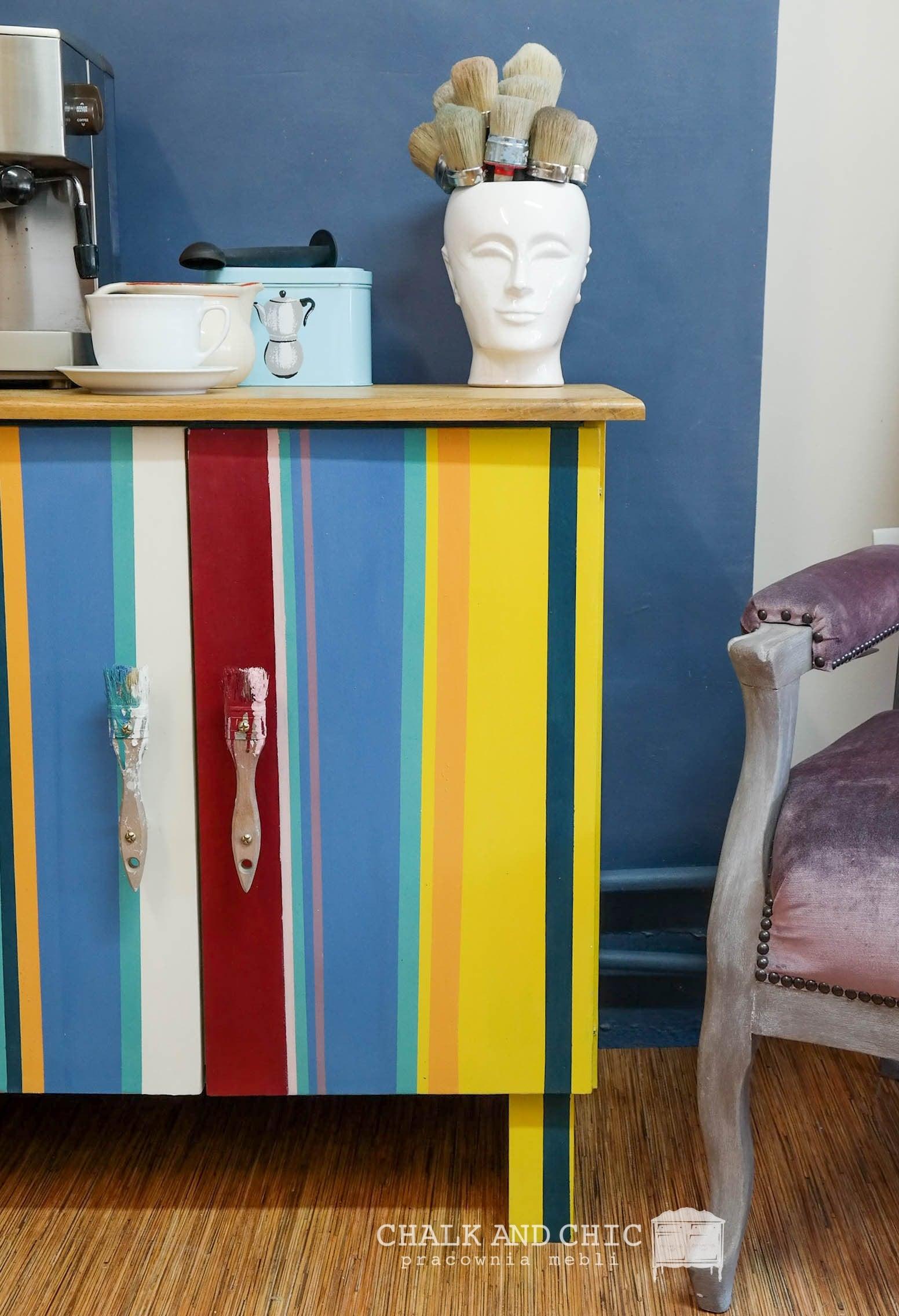 metamorfoza szafki farbami kredowymi Chalk Paint Annie Sloan