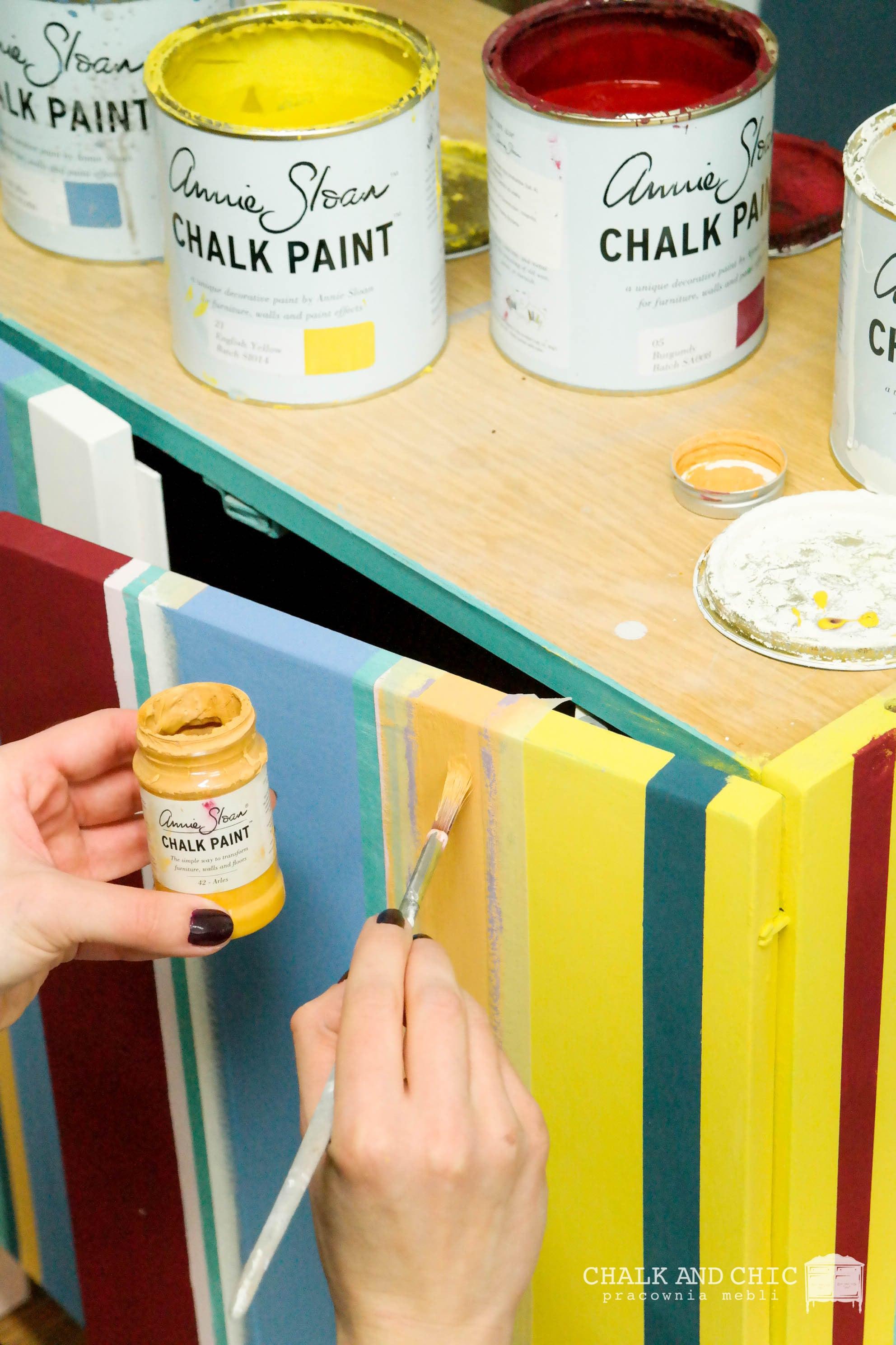 malowanie farbami kredowymi Annie Sloan Chalk Paint