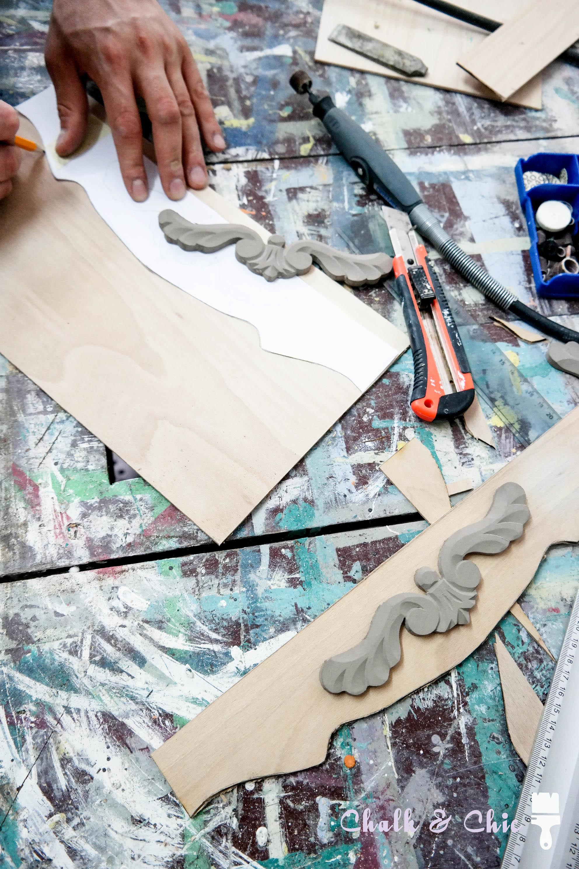 dekory drewniane rzeźbienia diy mebel z drewnianych okiennic
