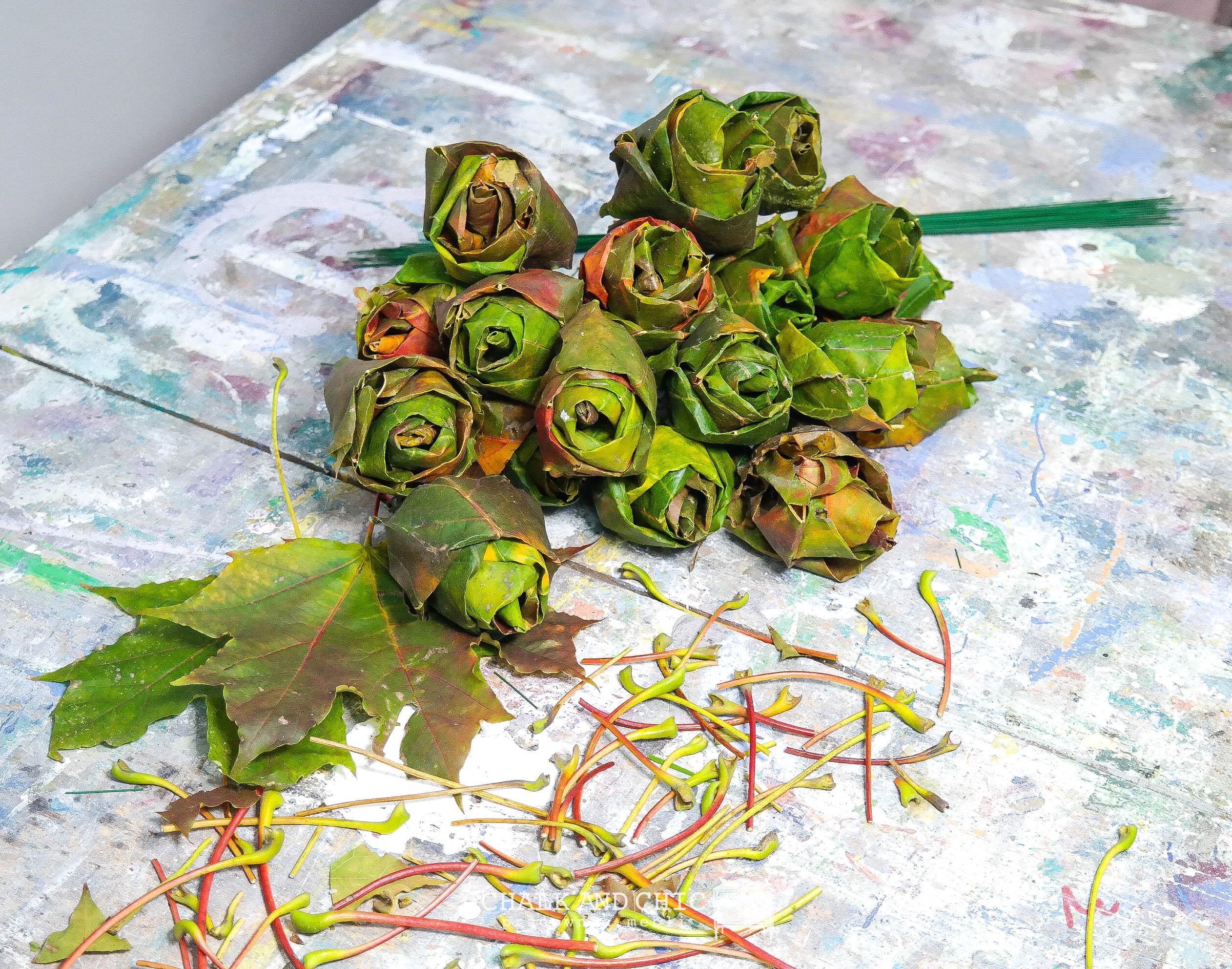 Jak zrobić róże z liści klonu?