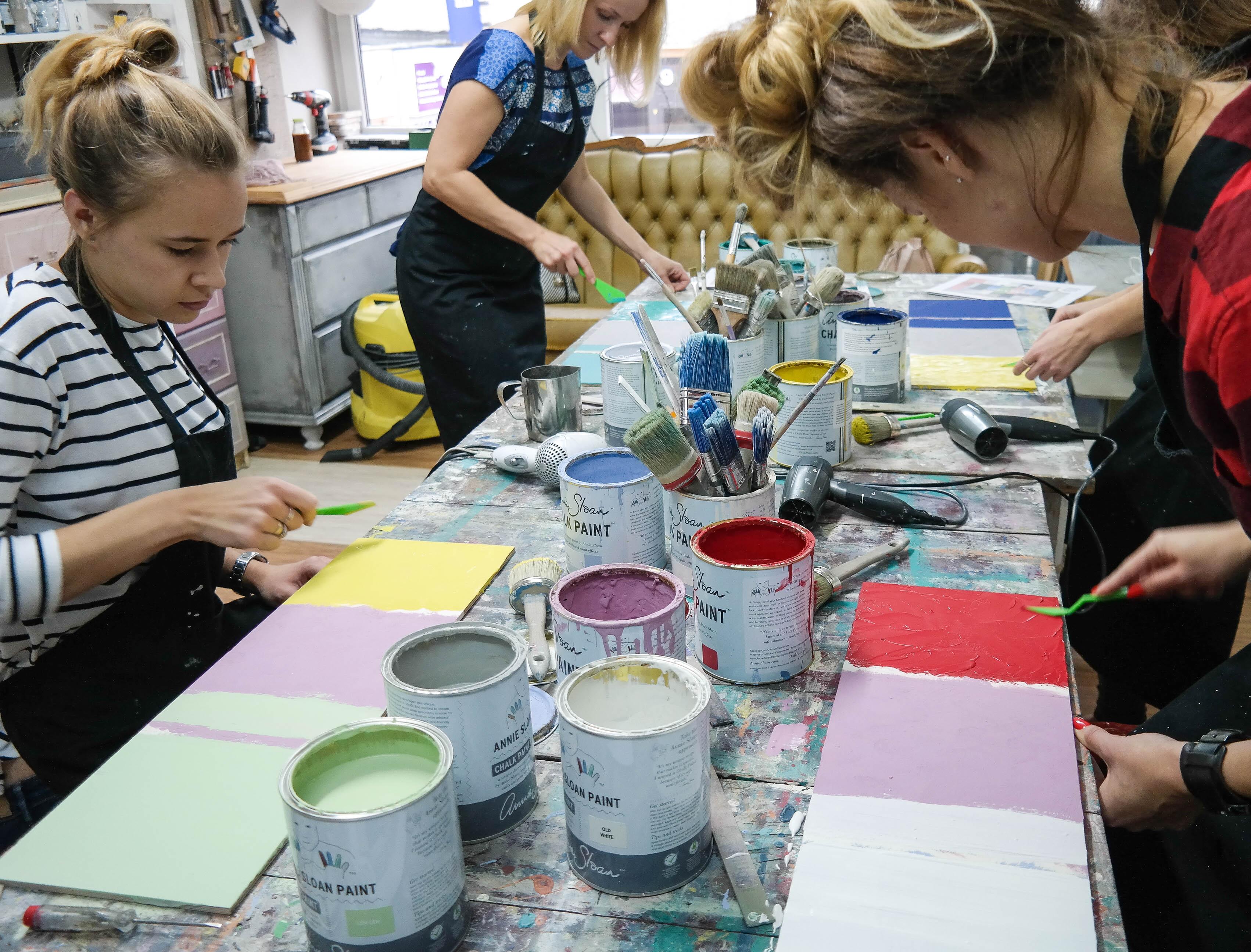 malowanie mebli warsztaty