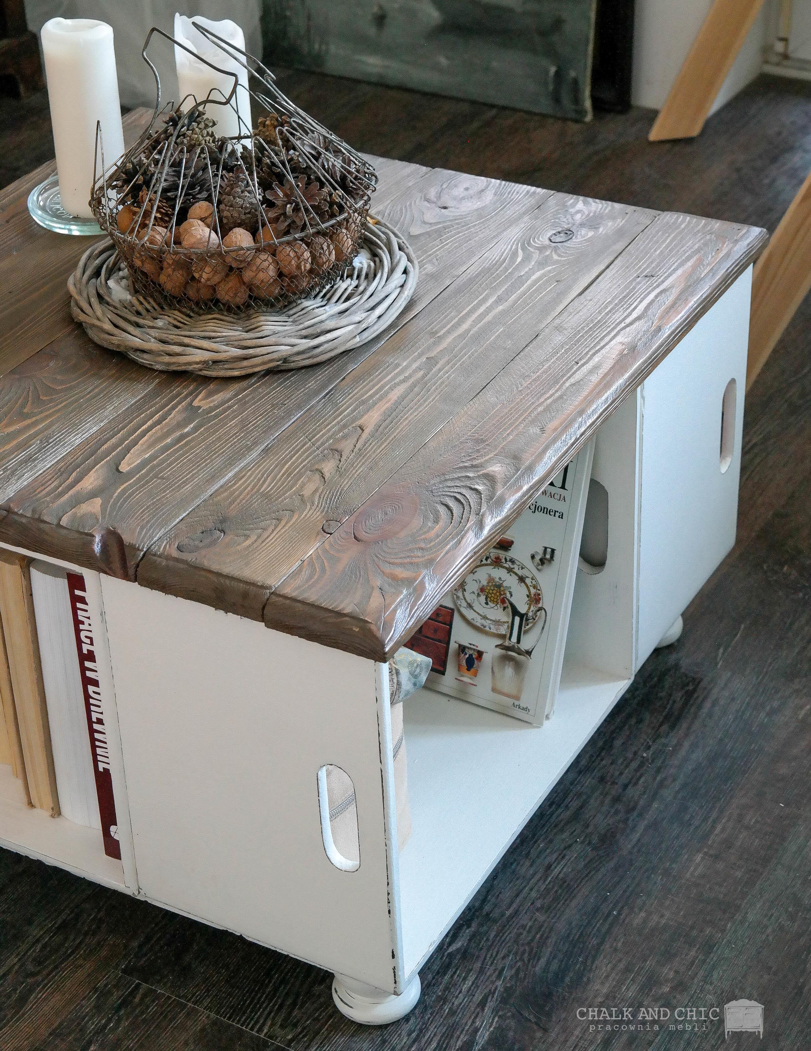 stolik kawowy z drewnianych skrzynek DIY